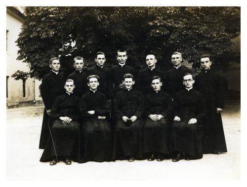Piarista novíciusok beöltözés után, 1932